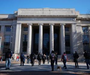 Le MIT conserve un la première place du classement mondial des meilleures universités au monde pour la 9e année consécutive.