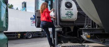 La branche transport routier prévoit de nombreuses embauches, suite à une vague de départs à la retraite, et tente de se féminiser.
