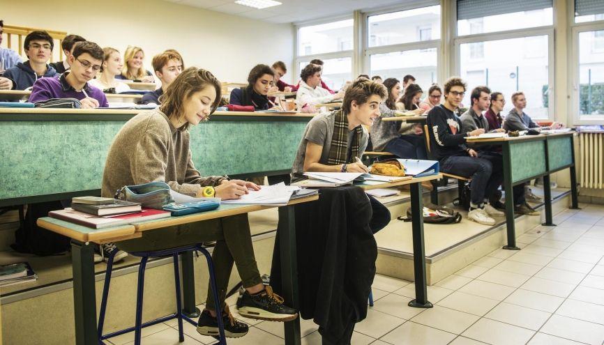 Ce test à l'entrée de la classe de seconde pourrait être instauré dès la rentrée 2018. //©William Beaucardet pour l'Étudiant