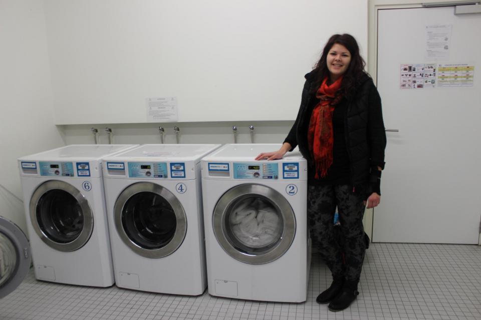 Ouverte de 8h à 23h, cette laverie comprend 3 machines à laver et 3 lave-linge. //©Delphine Dauvergne