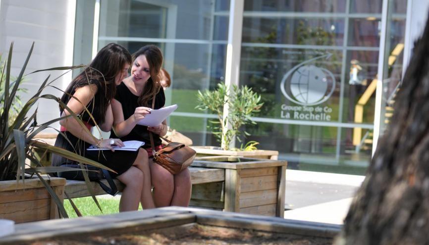 Les étudiants du BBA de l'ESC La Rochelle partent plus de 22 mois à l'étranger durant leur cursus. //©ESC La Rochelle