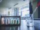Physique-chimie et SVT : deux matières à passer au bac S en épreuves pratiques. //©plainpicture/Score. by Aflo/AFLO