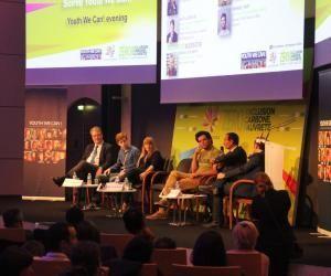 Rencontrer des entrepreneurs sociaux peut être une source d'inspiration si vous voulez vous engager sur le terrain. Ici l'édition 2015 de la soirée Youth We Can !