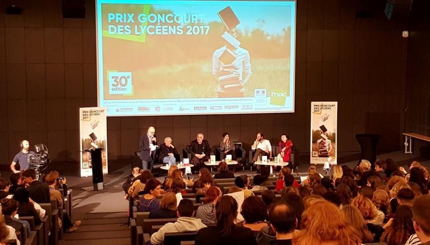 L'une des rencontres régionales entre auteurs et lycéens, à l'université Paris-Diderot, le 12 octobre 2017. //©Natacha Lefauconnier