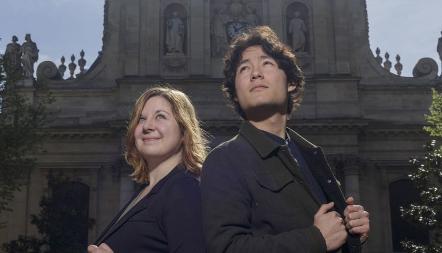 Sophie Ponçot  et Sylvain Hamanaka sont membres de la Clinique juridique de Paris. //©Jacques Graf/Divergence pour l'Etudiant