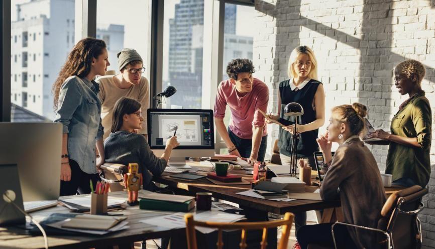 Etudiants en marketing et communication, les études de cas vous permettront d'améliorer votre culture des marques. //©Rawpixel.com/AdobeStock