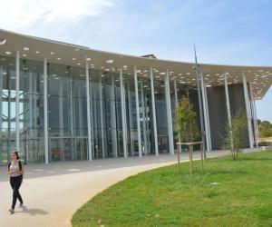 La nouvelle fac de médecine de Montpellier a ouvert ses portes à la rentrée 2017.