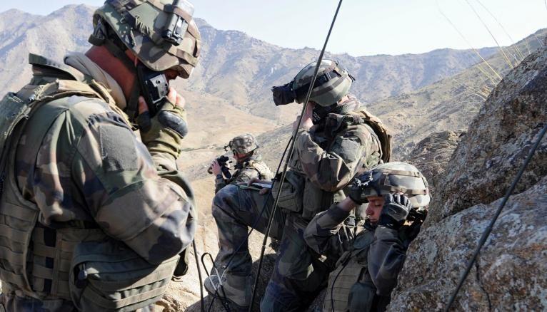 Offre d'emploi : engagez-vous dans armée de terre pour des métiers d'avenir