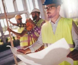 Sur les 891.000 ingénieurs en activité en 2020, ils sont 26,22% dans le secteur de la construction, deuxième domaine derrière l'industrie.