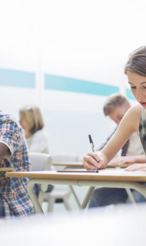 Lors de l'examen, n'oubliez pas de soigner votre copie. Le correcteur ne doit pas avoir du mal à vous décrypter.