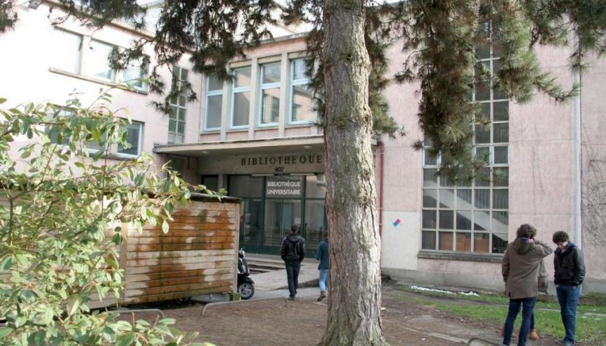Université Paris-Sud - La bibliothèque universitaire du campus Orsay. //©Sophie Blitman