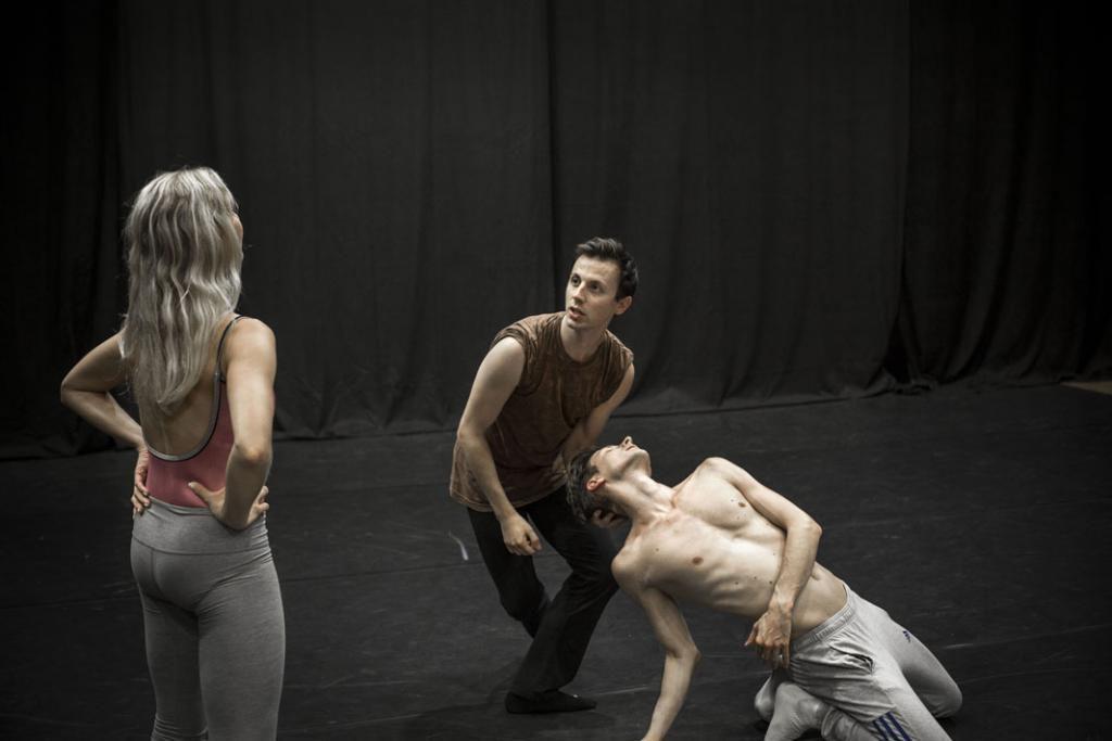 Chorégraphe, Jonathan Breton a fondé à 25 ans sa compagnie de danse professionnelle, Azoth Dance Theatre. //©Mat Jacob/Tendance Floue pour l'Etudiant