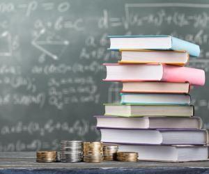 Si votre établissement vous le permet, vous pourrez donc constituer, de janvier à mai, votre dossier social étudiant (DSE) auprès du CROUS.