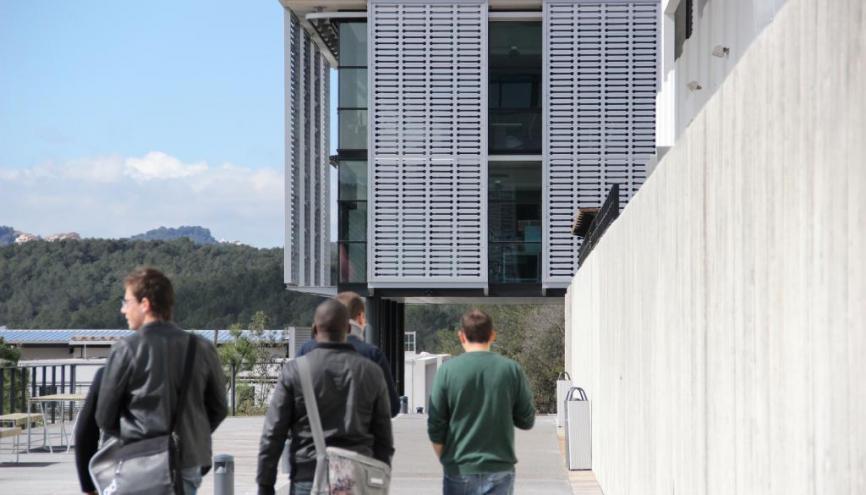 L'entrée de SophiaTech, campus numérique de l'université de Nice. //©Camille Stromboni