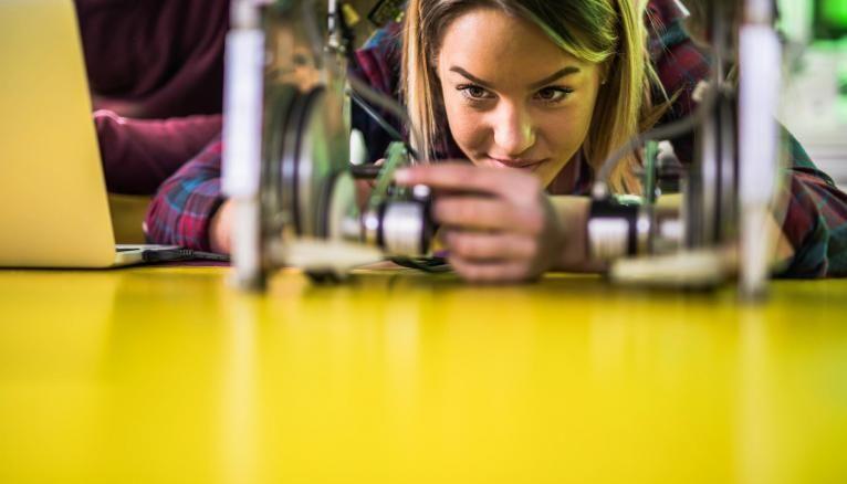 Si vous êtes passionné de sciences et techniques, de nombreuses formations s'offrent à vous.