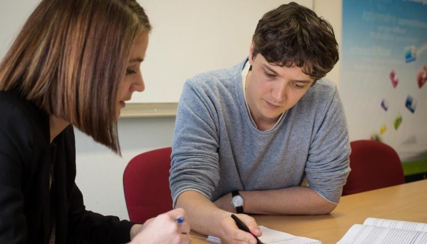 Conseiller pédagogique à l'université Lyon 1 Claude-Bernard depuis janvier 2010, Basile Bailly aide les enseignants à renouveler leurs pratiques. //©Photo fournie par le témoin