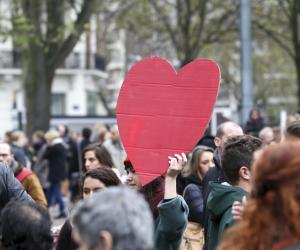 Rassemblement à Paris après les attentats du 13 novembre.