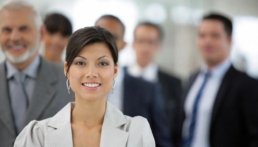 Selon l'Apec, à poste, compétences et parcours identiques, la différence de salaire atteint 8,5 % en moyenne entre les hommes et les femmes… //©Phovoir