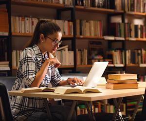 Pour suivre ses études à distance, il faut un minimum d'organisation, et être très autonome.