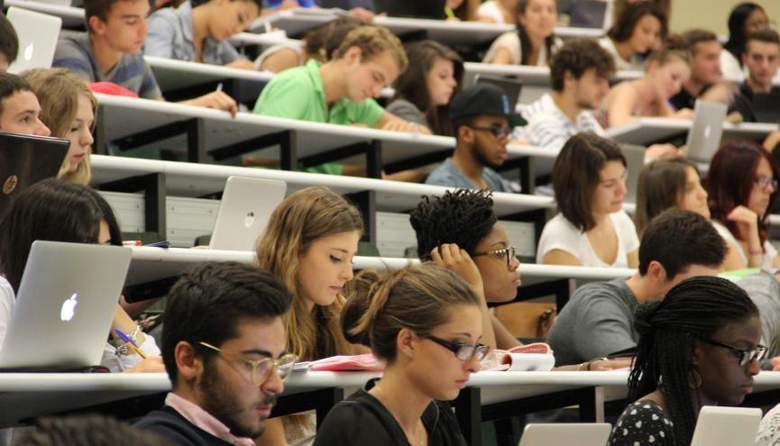 Pas facile de s'habituer à la nouvelle liberté de l'université! //©Camille Stromboni