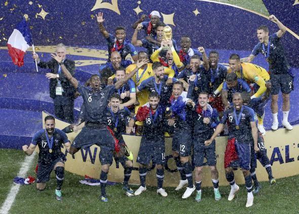 Coupe Du Monde 2018 10 Metiers Qui Tournent Autour Du Football L