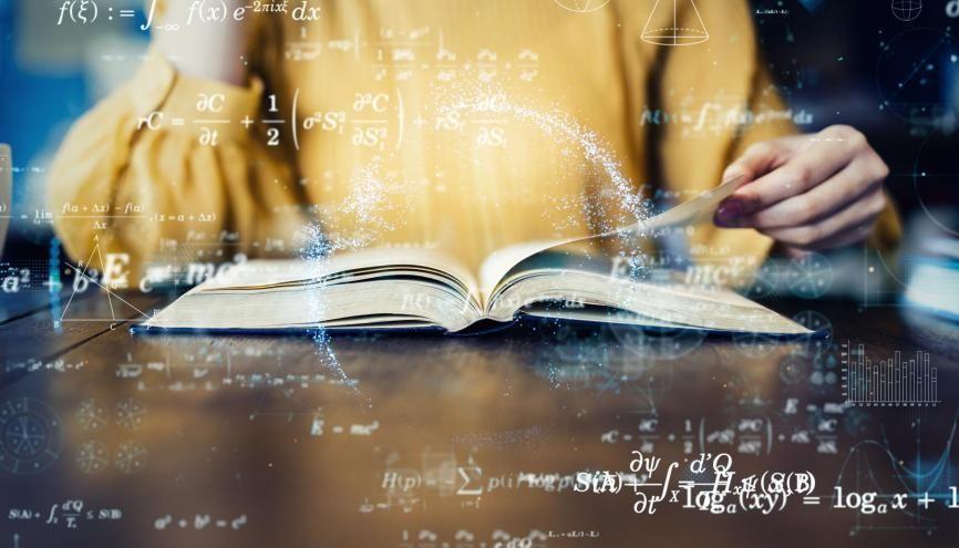 Les maths vous ont appris à construire un raisonnement scientifique et à l'appliquer dans des conditions particulières. //©Adobe Stock/metamorworks