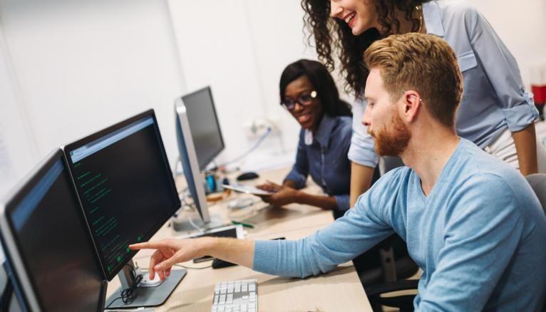 Les écoles d'ingénieurs donnent à leurs élèves les clés pour apprendre et s'adapter en continu aux technologies du numérique.