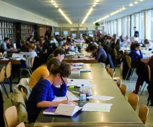 L'université Paris 2 Panthéon-Assas est première de notre classement de l'insertion professionnelle après un master de droit.