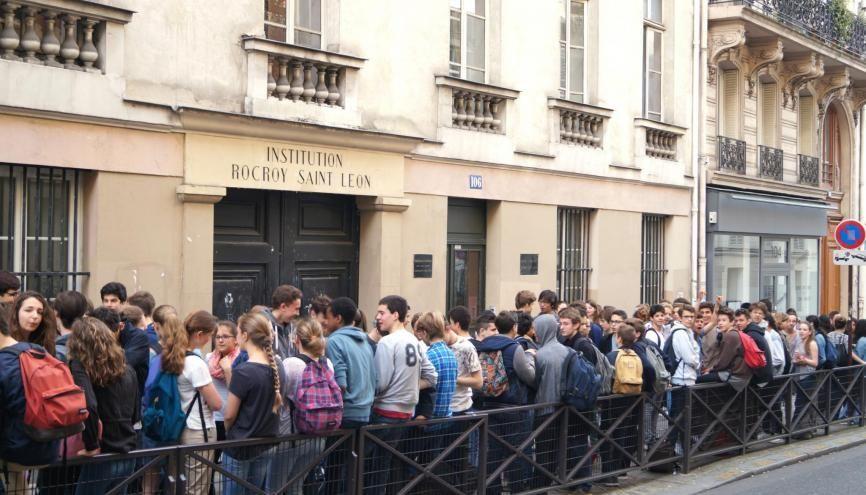 Les élèves de troisième du collège-lycée Rocroy-Saint-Léon, à Paris, sont dans les starting-blocks. //©Julie Chapman