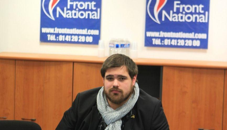 Alexandre milite pour la candidate FN Marine Le Pen lors de la campagne présidentielle 2017. //©Photo fournie par le témoin