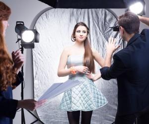 Photo de mariage, de mode ou de sport... Le futur photographe doit savoir tout faire.