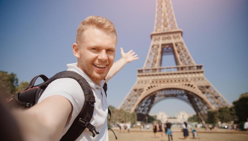 Pour apprécier la vie parisienne, il suffit juste d'un peu de préparation. //©Adobe Stock/Parilov