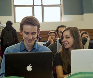 Si toutes les écoles d'ingénieurs forment à l'informatique et aux réseaux, trois formations sont dédiées aux nouvelles technologies.