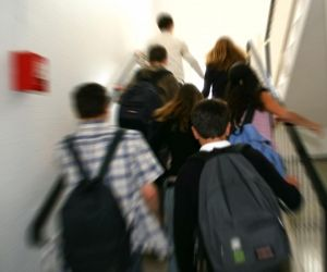 À partir de la sixième, les élèves changent de classe à chaque cours.