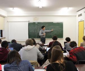 Université Paris 1 – Panthéon-Sorbonne (Tolbiac) - TD d'économie en double licence droit-économie.