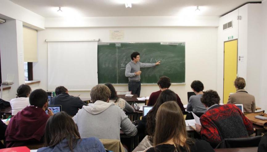 Université Paris 1 – Panthéon-Sorbonne (Tolbiac) - TD d'économie en double licence droit-économie. //©Camille Stromboni