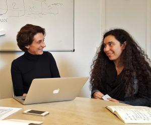 Bénédicte Durand, directrice du Collège universitaire, et Fériel, son binôme pendant Sciences Mômes, le 28 mars 2018.