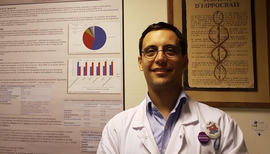 Matthieu Piccoli, 34 ans, a choisi une spécialité de médecine qui a besoin de bras : la gériatrie. //©Photo fournie par le témoin