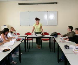 Un bon collège, c'est aussi des professeurs qui valorisent systématiquement ce que l'élève réussit, plutôt que l'inverse.