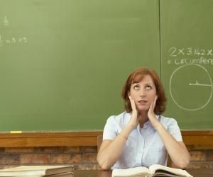Vos professeurs passent plus de temps à travailler hors cours que en cours.