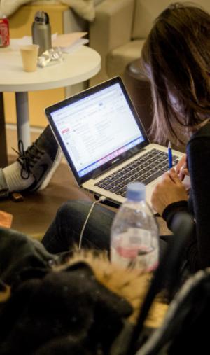 Si vous souhaitez créer votre entreprise, de nombreux espaces de coworking existent pour vous faciliter la vie.