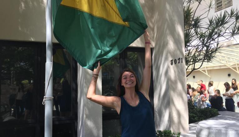 """Camille a choisi le Brésil """"pour le côté carte postale"""", mais pas seulement : elle voulait aussi apprendre une nouvelle langue et vivre un vrai dépaysement."""