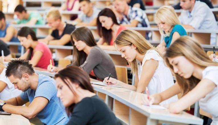En 2019, 5.580 lycéens boursiers supplémentaires ont intégré le supérieur.