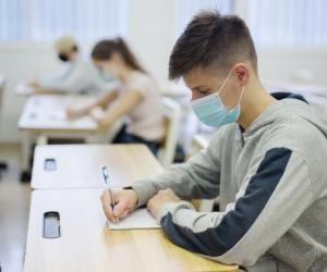 Les modalités des concours et examens pourront être modifiées jusqu'à quinze jours avant la tenue de l'épreuve.