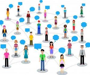 Même si vous n'avez pas encore le bras long, rien ne vous empêche de commencer à bâtir votre réseau pro.