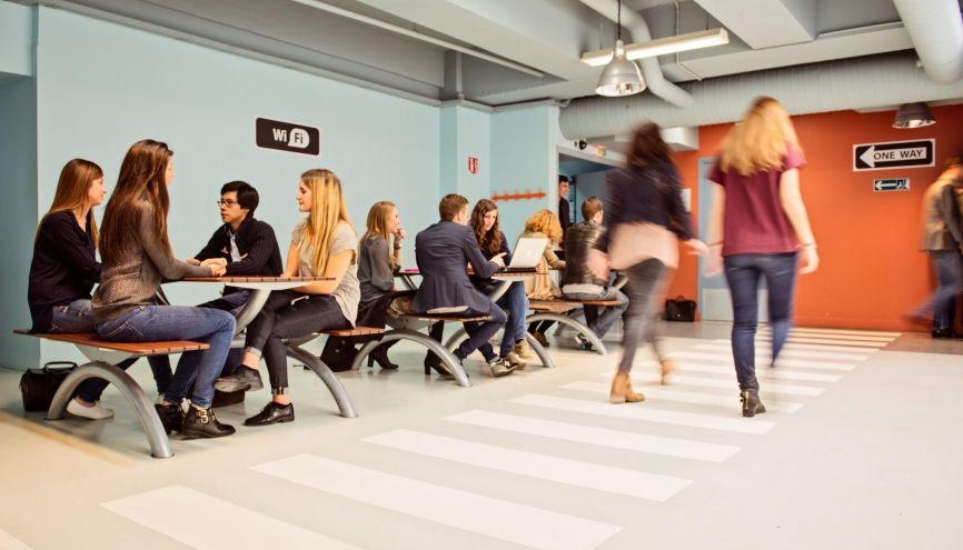 À l'ISTEC, les étudiants doivent, dès la première année, adhérer à un projet associatif. //©ISTEC