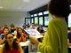 Delphine Vernier, enseignante de SVT, dévoile l'emploi du temps aux élèves, très vite déçus : 8 h - 16 h minimum, tous les jours. //©Delphine Dauvergne