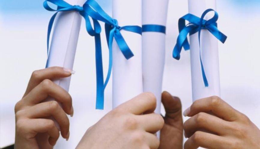 La cérémonie de remise du DNB sera organisée dans les collèges après la rentrée 2016. //©gettyimages