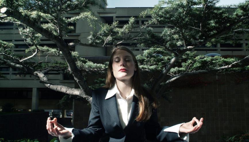 Transformez votre période de chômage en temps de réflexion sur vous-même pour mieux rebondir. //©plainpicture/Kitao/loic montain