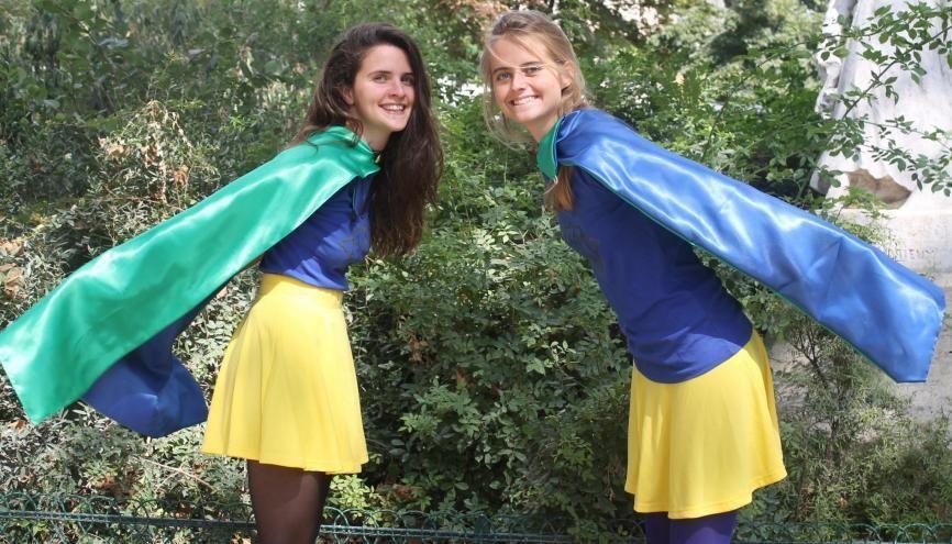 Irène Soulages et Aurélie Pichard, fondatrices de BimBamJob, sortent leurs capes de superwomen contre le chômage. //©BimBamJob